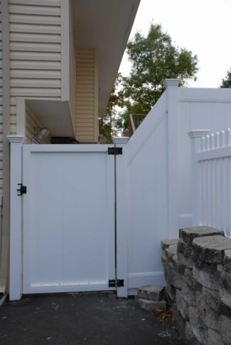 PVC Tongue and Groove Gate